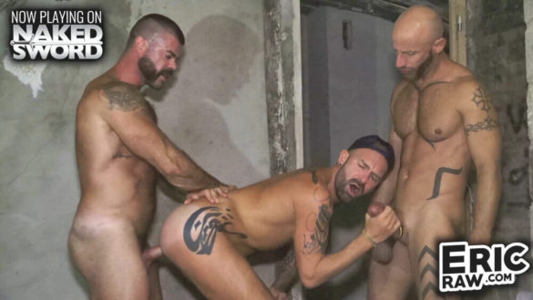 Gay Anal Free Clips : Unscripted RAW