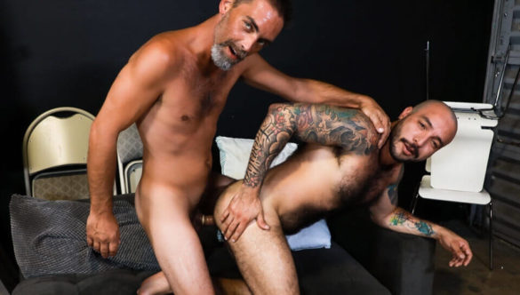 Gay Anal Free Porn : Out With The Old